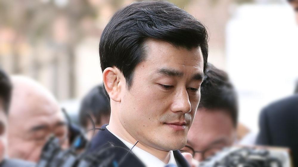 이영선 행정관 문자 내역 공개… 각종 '아주머니'의 정체는?