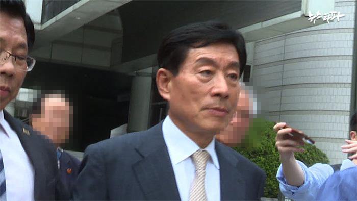 ▲지난 7월 24일 파기환송심 결심공판에 출석한 원세훈 전 국정원장