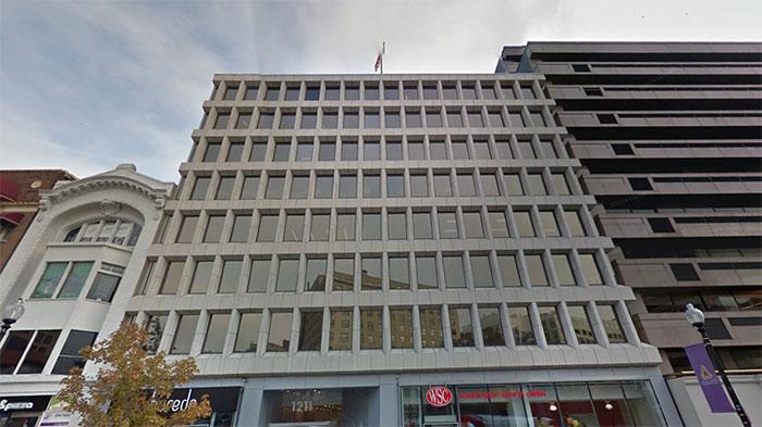 ▲ 미국 워싱턴DC의 한 빌딩. 스팀슨 센터는 이 빌딩 8층 전체를 사용하고 있다.(출처:구글맵)