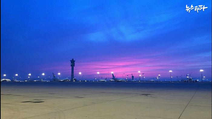 ▲ 새벽에 출근한 한 공항근무자가 찍은 인천공항 사진