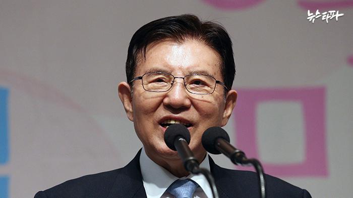 ▲김덕룡 민주평통 수석부의장
