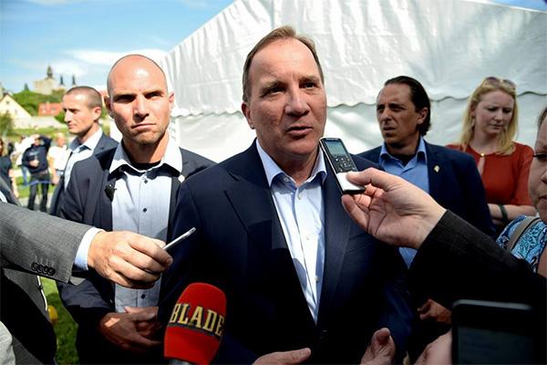 약 9백 50만 명의 스웨덴을 이끄는 총리이자 사회민주당 당수 스테판 뢰벤(Stefan Löfven)도 참석해 자유롭게 정견을 발표하고 기자들의 질문에 일일이 대답한다.